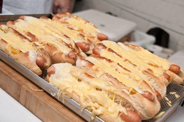cachorro-quente gourmet, mostarda Dijon, gruyère, receita, como fazer, comida de rua, são paulo