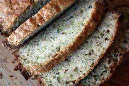 Super easy, and oh so good Zucchini bread recipe !