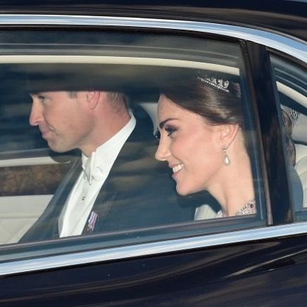 "6,566 Likes, 26 Comments - Catherine Duchess Of Cambridge (@katemidleton) on Instagram: ""The Duke & Duchess have arrived at Buckingham Palace for the state banquet the Queen is hosting in…"""
