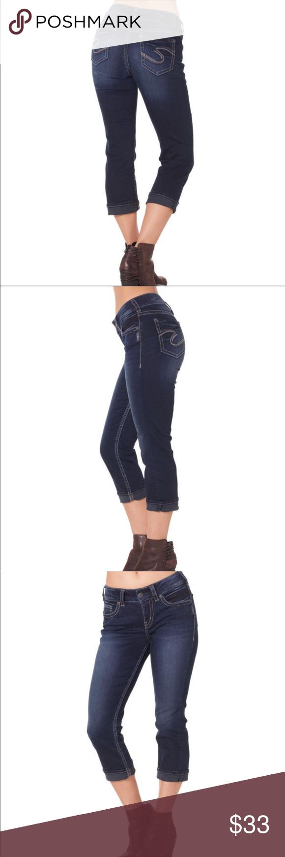 """Suki capris Silver jeans Suki mid-rise capris. Well defined curve, relaxed hip and thigh. 31"""" waist. Just enough stretch to hold their shape and no saggy tush. L43934SSD487. Silver Jeans Jeans"""