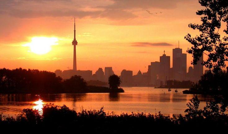 Toronto skyline from Mississauga