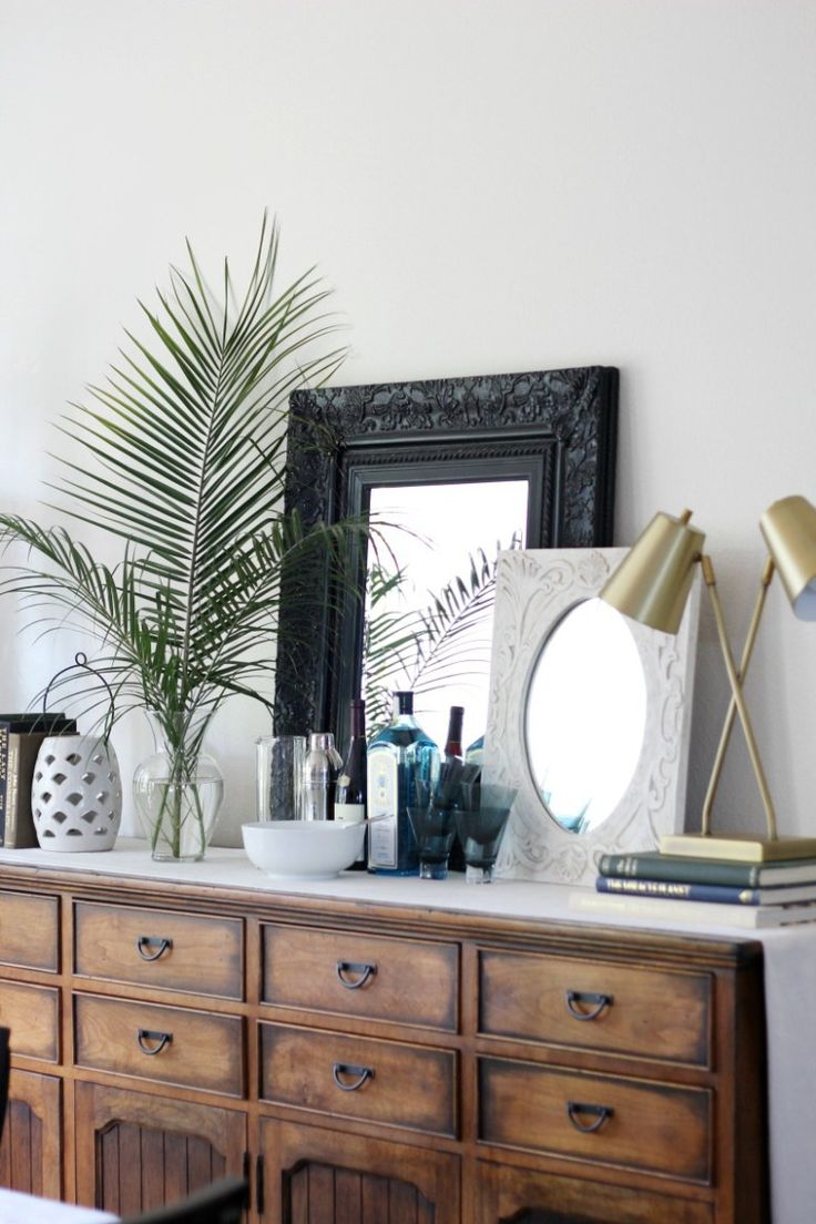 3 ways to use tropical statement leaves like monstera and palm fronds | buffet styling | bar styling