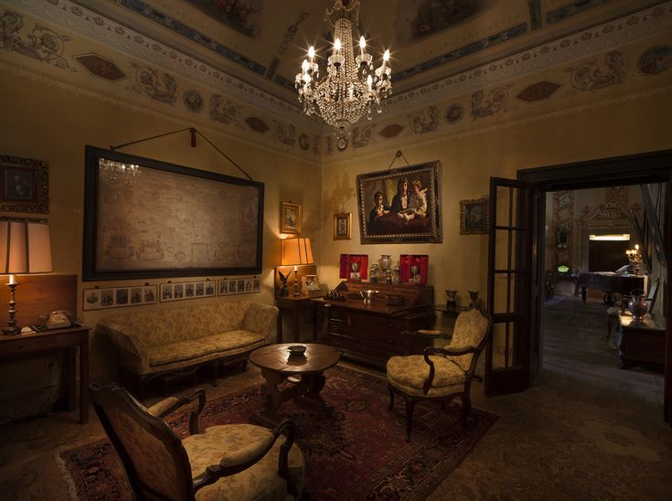 The priceless furnishings of Palazzo Lana Berlucchi, where Guido Berlucchi lived up to his death