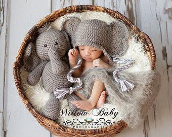 Crochet Alabama Crimson Tide Baby Newborn Hat by TheGrapeTurtle
