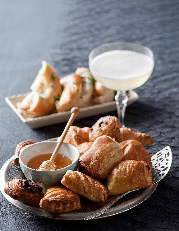 Make the most of #brunch with fresh-from-the-oven croissants and exotic citrus blossom #honey from our #Finest range.