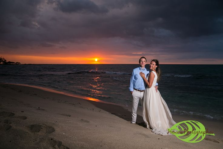 Kukio Wedding Photographer A great beach on the west side of the Big Island Hawaii is Kukio Beach.  It is located next to the Four Seasons Hualalai and offers beautiful sand, turtles, a look out point and lava rock. #weddinginspiration  #wedding  #hawaiiwedding   #sunset #beachwedding  #bigislandweddingphotographer #konaweddingphotographer #hawaiiweddingphotographer #hawaiiphotographer #destinationwedding #konaphotographer  www.eyeexpression.com