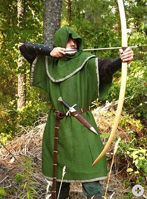 Huntingdon Overtunic - Medieval Renaissance Clothing Costume - For David & The 9 best Medieval Archery Costume Ideas images on Pinterest ...