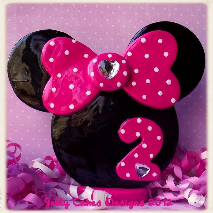 D Minnie Mouse Cake