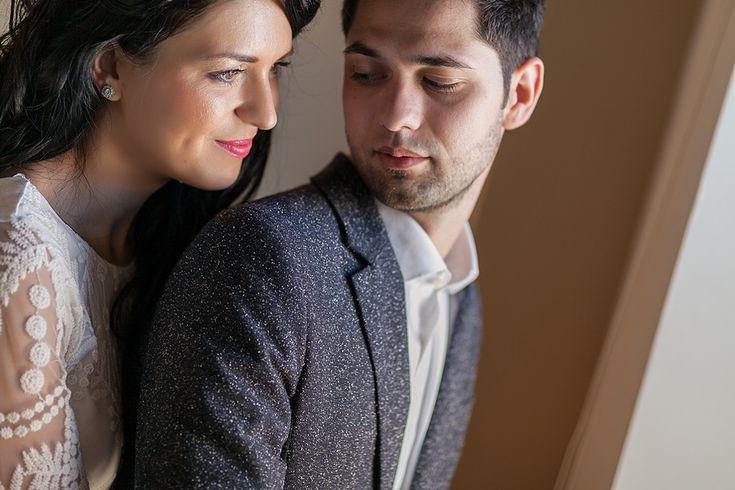 Pe Răzvan l-am cunoscut la nunta fratelui său Florin. Tot cu acea ocazie le-am cunoscut și pe Aura & Angeline. Până la nunta lor, în septembrie, vă las în compania câtorva imagini de la cununia civilă.