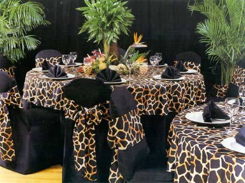 Table settings for a safari themed party o 39 brien for Animal print decoration party