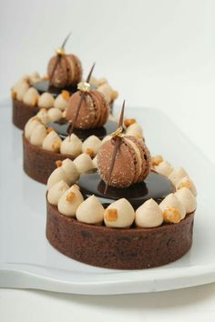 Robin Hoedjes Pastry Chef make beautiful creations