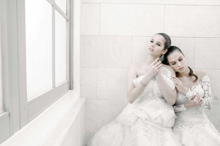 Wedding dress wedding gown by Oscar Daniel