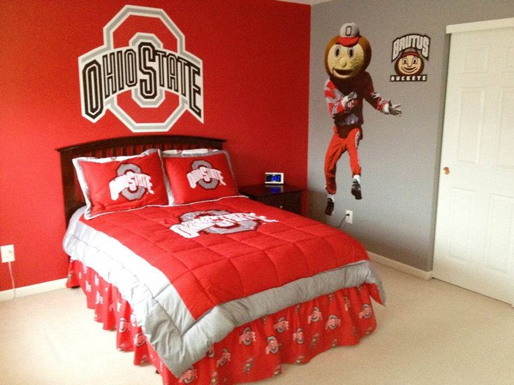 The ohio state room i designed painted and decorated for my son ohio state pinterest the for Ohio state bedroom paint ideas