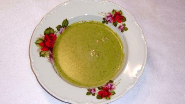 Brokolicová polévka s uzeným