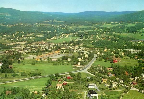 Asker 1964. Flyfoto: Widerøe