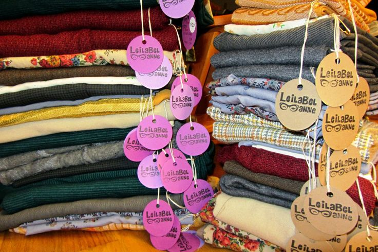 LeilaBel Anne: Scent the Scarves - TIP: Use a scented candle to infuse a pleasant scent into scarves in storage