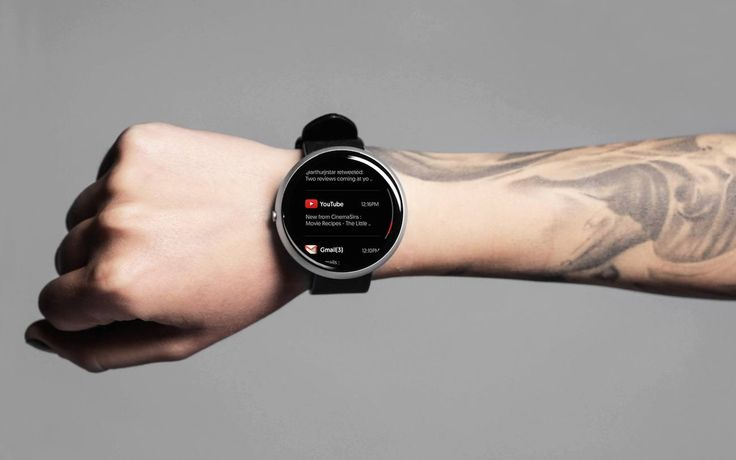 It is, at the same time, the first watch with a round full-screen with Gorilla Curved Glass that is anti- scratch and anti-reflective.