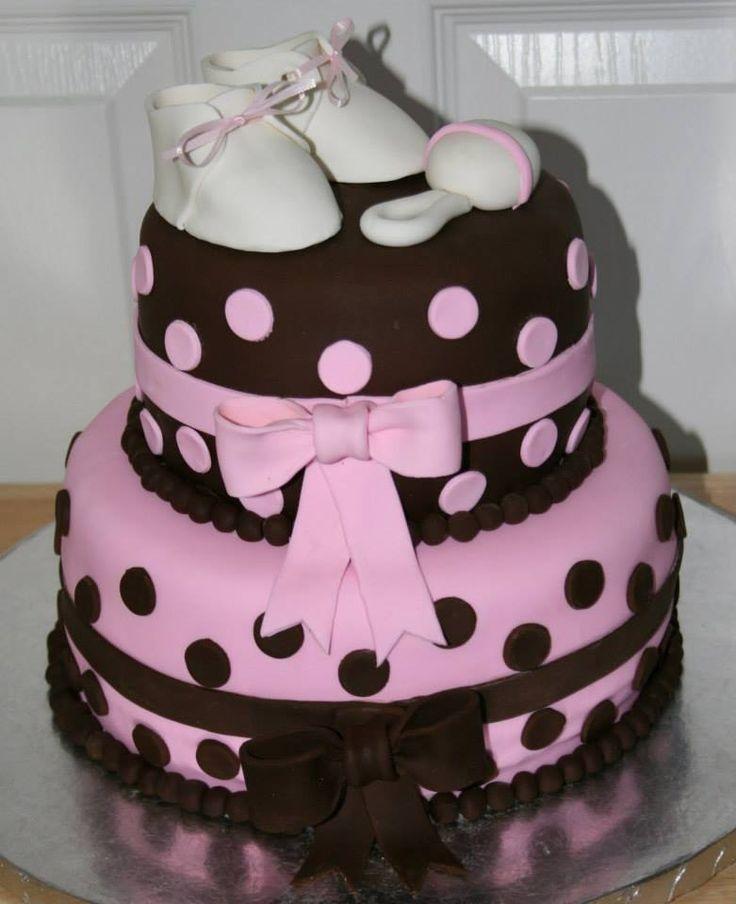 Una torta hermosa para la llegada de una princesita