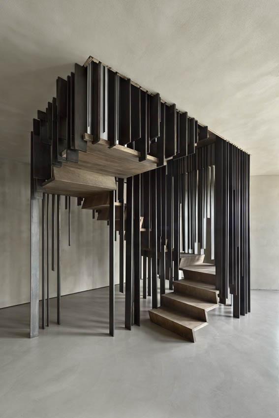 storage associati private home staircase 2