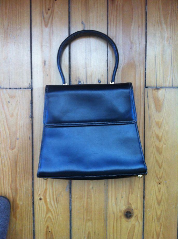 Ferre vintage el çantası