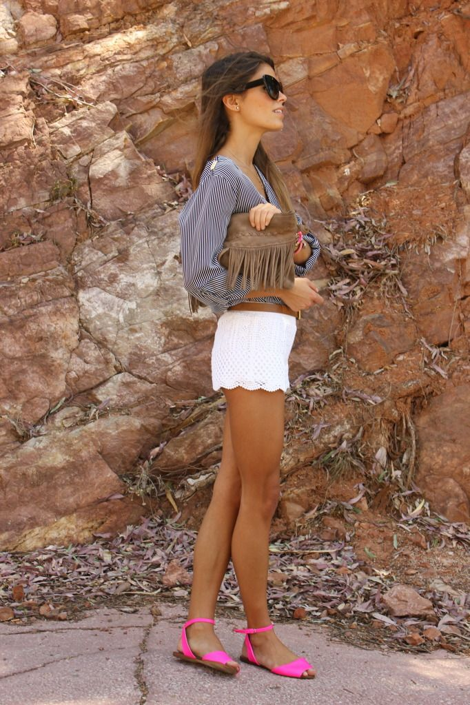 Pink Sandals, Fashion, Scallops Shorts, White Shorts, Style, Flats Summer Sandals, Pink Shoes, Neon Pink, Lace Shorts