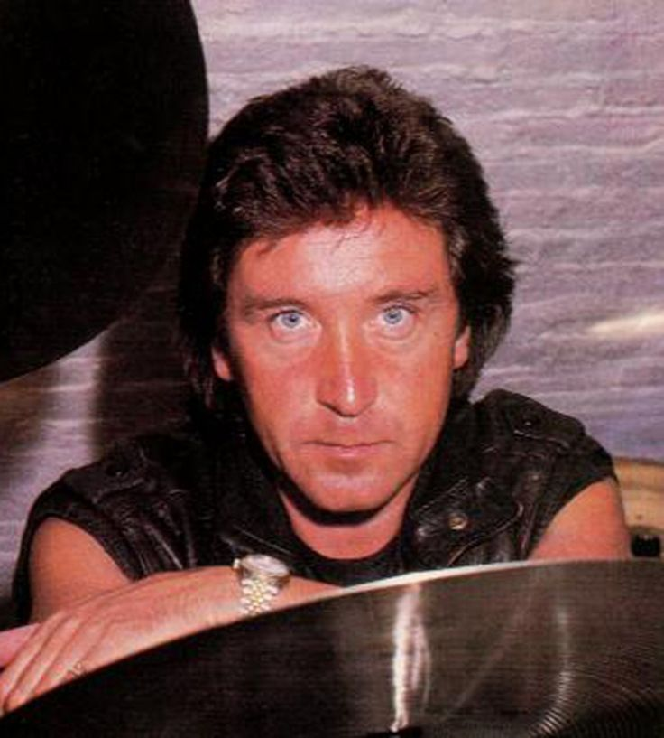 Kenney Jones ~ Born Kenneth Thomas Jones 16 September 1948 (age 67) in Stepney, London, England. English musician and drummer best known for his work in the groups the Small Faces, the Faces and then the Who, after Keith Moon's death in 1978. Jones was inducted into the Rock and Roll Hall of Fame in 2012 as a member of the Small Faces/Faces.