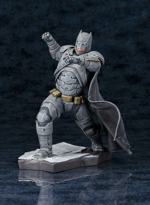 Kotobukiya ARTFX+ Batman vs Superman Dawn of Justice: Batman