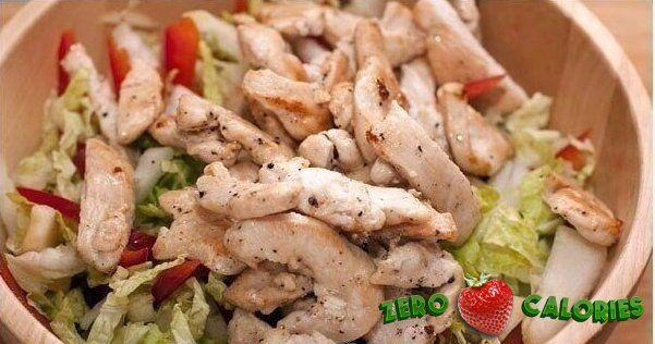Диетический салат с пекинской капустой и курицей  на 100грамм - 87.96 ккал, Б/Ж/У - 8.68/1.07/3.06