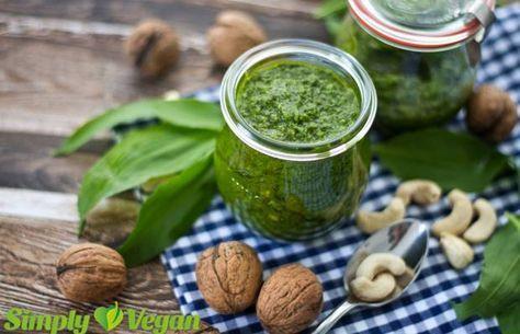 Bärlauch-Pesto mit Walnüssen und Cashews