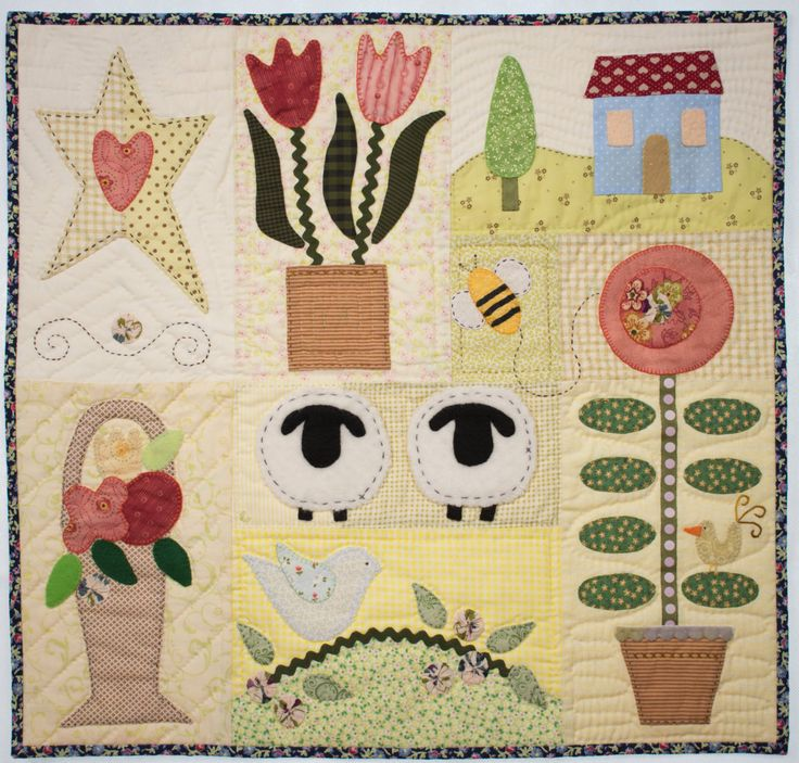 Mini quilt Simple Wonderful Life * Handmade Hand quilted by TheCreativeCatShop on Etsy