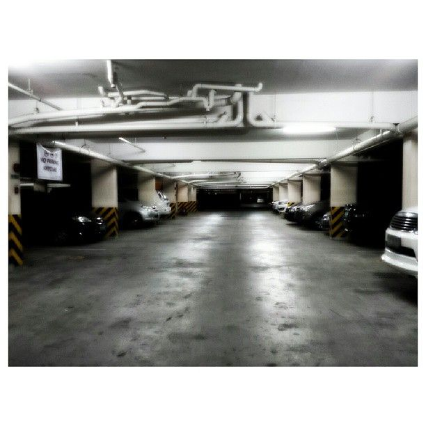 #parkinglot #car #philippines #駐車場 #車 #フィリピン