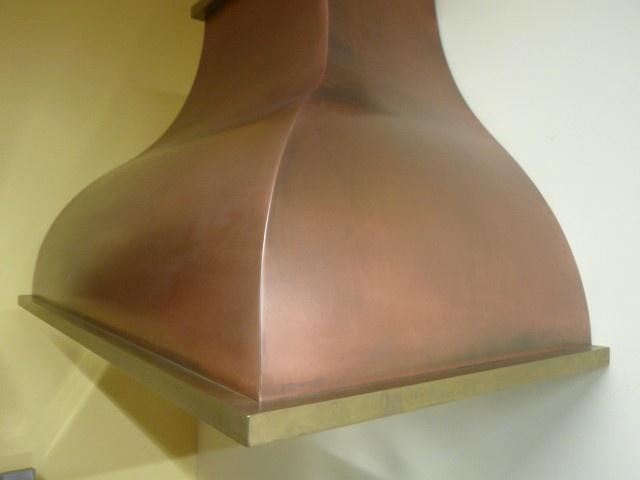 Créations sur mesure pour l'ameublement, en acier, laiton, cuivre