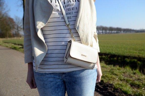 striped shirt beige blazer outfit supertrash bag