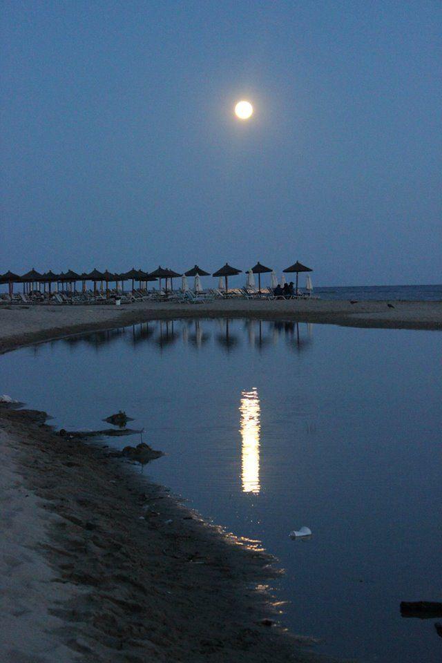 full moon -- photo by Evi Tselempi