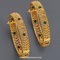 http://rubies.work/0980-ruby-pin-brooch/ Gold emerald bangles
