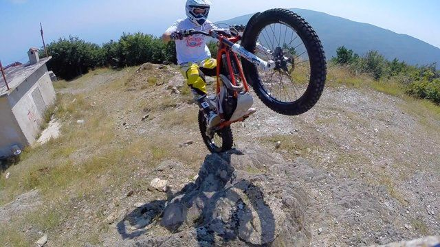 Marios Pol is doing freestyle trial at Volos & Pilio. A special tour showing the beauty of the place through Trial X sport. Special thanks to Maragoudakis Dirty Store for the precious help.  Marios Pol fun page https://www.facebook.com/mariospol.funpage Video & photography by Evina Alexandri https://www.facebook.com/evinaphotography  Song: https://www.youtube.com/watch?v=ephdl5HjIzQ Son Lux-Lost it to trying.