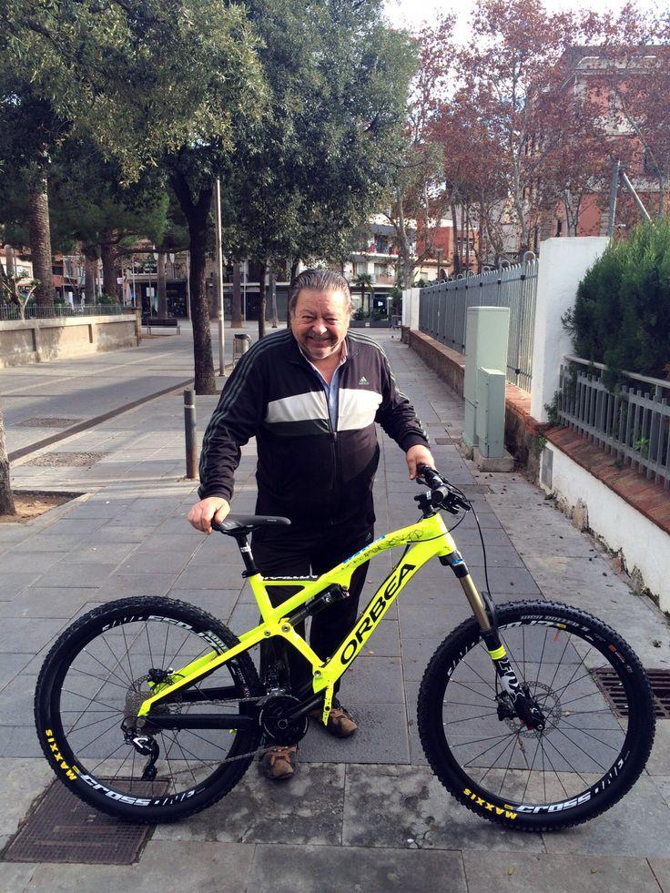 ¡VAYA REGALAZO! Ni Papá Noel ni Reyes Magos, tu regalo perfecto lo encuentras en Bikestocks. Haz como nuestro cliente Pedro Casadevall, se ha llevado su Orbea Rallon X30 ¡Muchas gracias y que la disfrutes!   #bikestocks #bici #bicis #bicicleta #bicicletas #ciclismo #ciclista #ciclistas #orbea #rallon #x30 #navidad #descuento #rebaja #oferta #ofertas #rebajas #descuentos #ReyesMagos