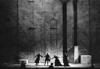 Lucio Silla, opéra de Mozart, mise en scène Patrice Chéreau, décor Richard Peduzzi, 1984