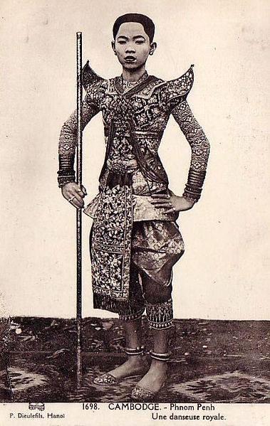 1000+ images about // musée de l'histoire khmère on ...
