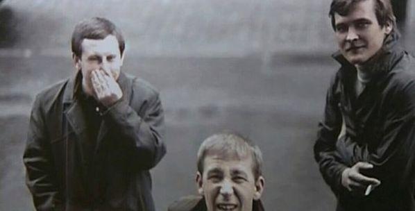 Молодые Режиссёр Леонид Осыка и актеры Бронислав Брондуков и Иван Миколайчук на киностудии им. Довженка, 1973 год.