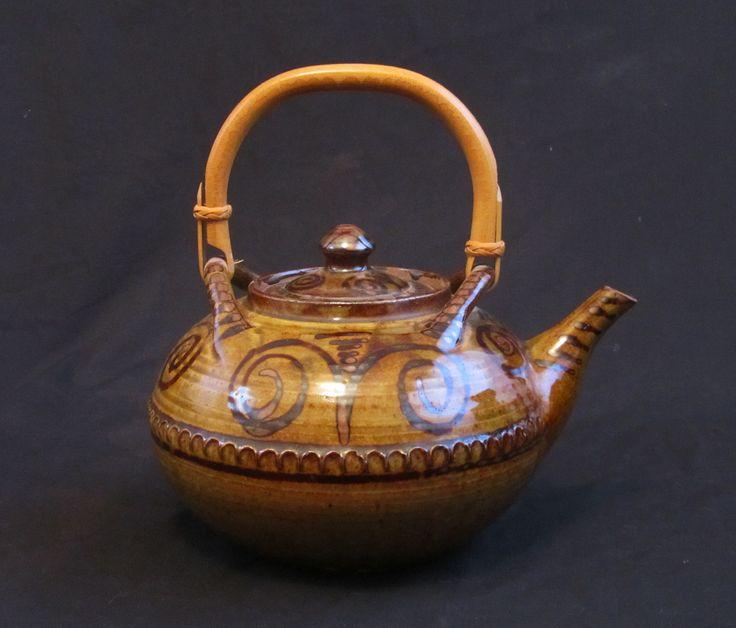 "Large Wenford Bridge teapot, 8"" x 7"" to top of lid"