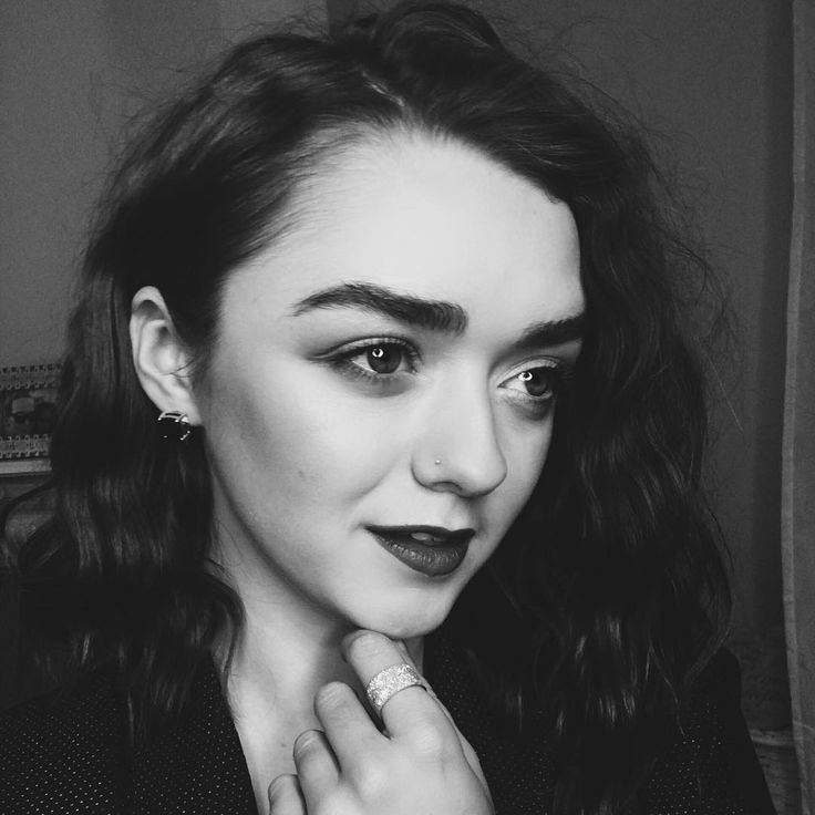 Maisie Williams - her skin care secrets at http://skincaretips.pro