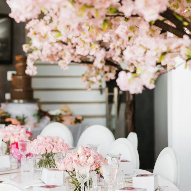 Cherry Blossom Tree Rental For Weddings Events Los Angeles Dreams In Detail Blossom Tree Wedding Cherry Blossom Tree Wedding Tree Decorations