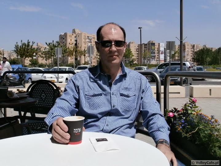 Coach Grzegorz Ryś during #coffeeinterview! #cafe #coffee #coffeetime #volleyball