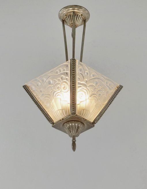 17 Best images about Art Deco Glass Shades on Pinterest Ceiling lamps, Vintage art and Glass ...