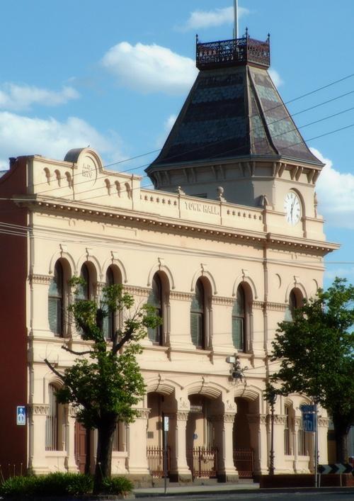 Creswick Town Hall  #historic buildings