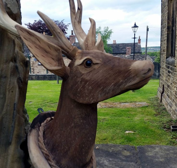 Life Size Carved Hard Wood Wall Mounted Stags Head Deer Antler Plaque Decoration