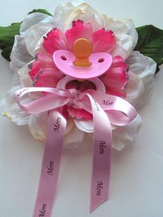 Mom corsage for baby shower