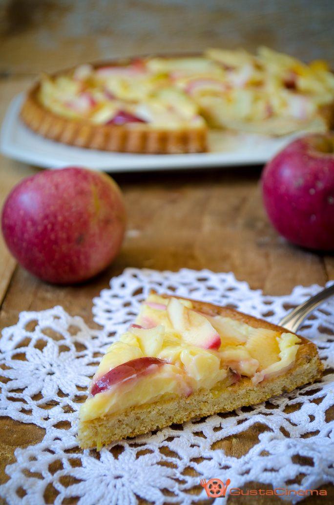 #crostata morbida alle #mele con #cremapasticera un dolce morbido e gustosissimo che si scioglie in bocca. Una ricetta facile e semplice da preparare. Ottima da gustare a #colazione o #merenda. Provatela!