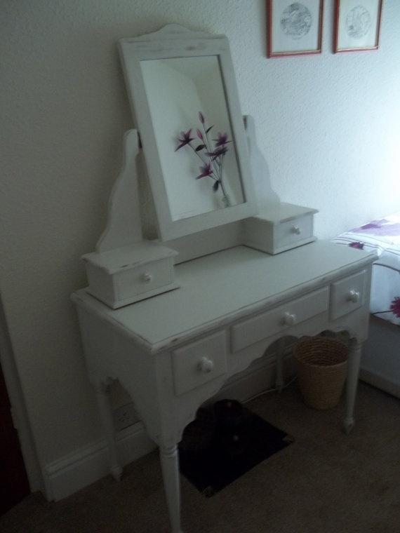 Best 25+ Vintage dressing tables ideas on Pinterest   Vintage dressing rooms, Dressing table stool design and Dressing table and stool
